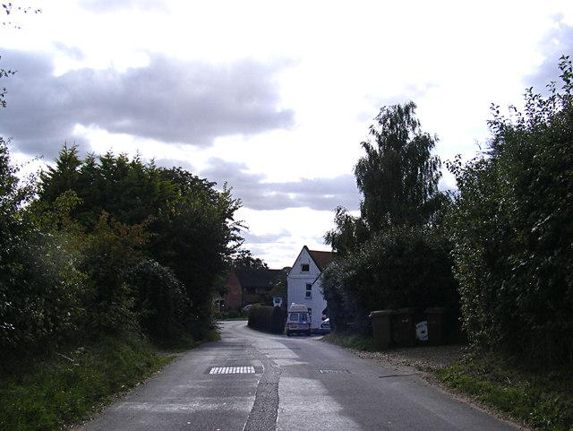 Triple Plea Road, Bedington