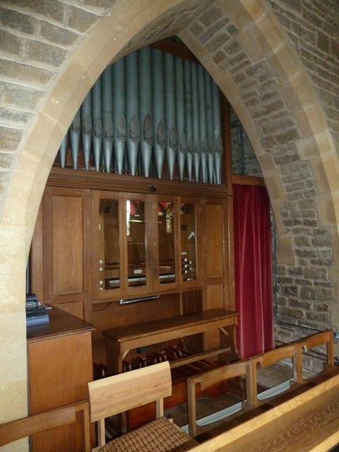 Holy Trinity New Church, Bothenhampton: organ