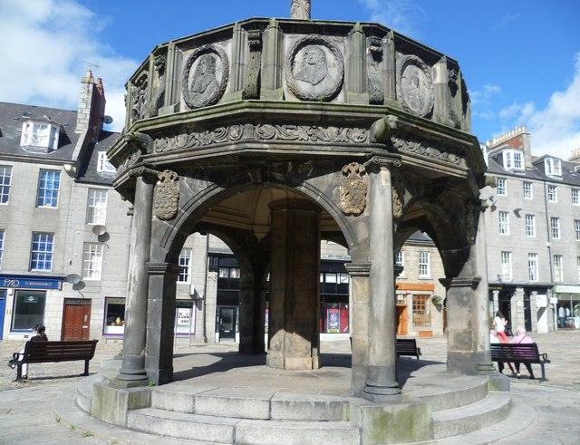 Aberdeen Mercat Cross, Castlegate