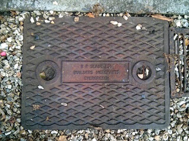 Manhole cover, Limington