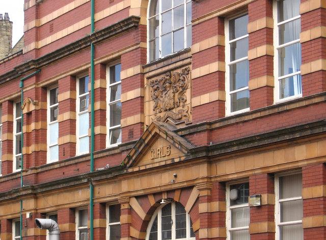 Stalybridge - Waterloo Road School brickwork detail
