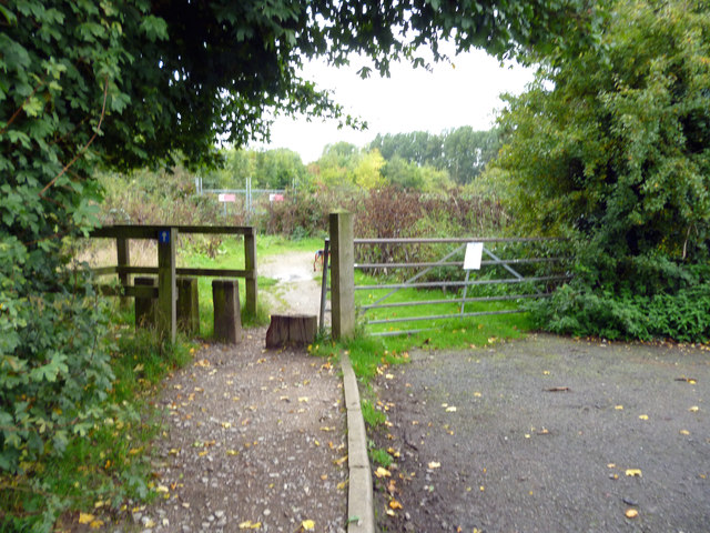 Redhill:  Stile on Cycleway 21