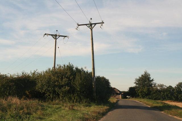Right angle bend on Ings Road, Benington Ings