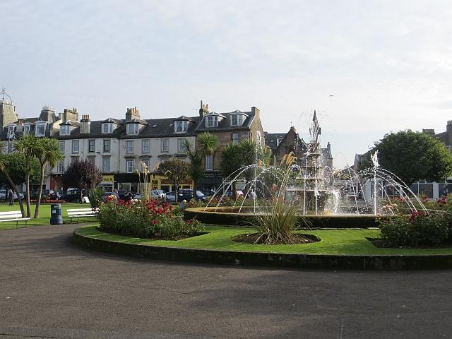 Fountain, Rothesay Gardens