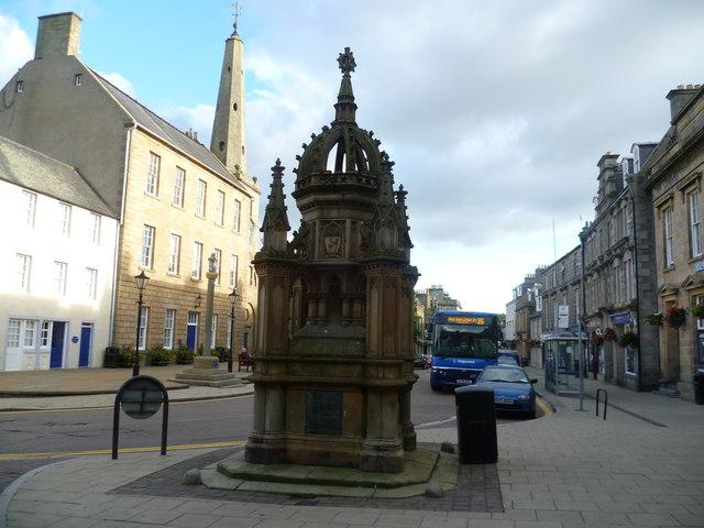 Biggar Fountain, Low Street