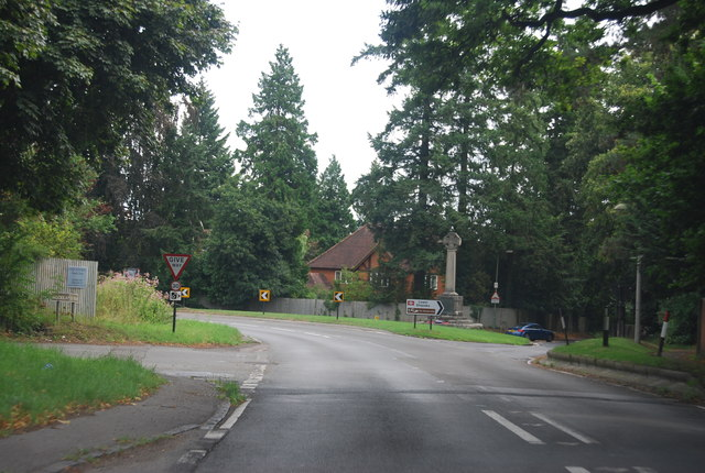 A4155, Lower Shiplake