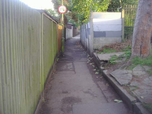 The Walks, East Finchley