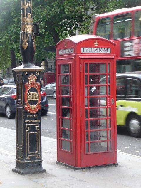London: red phone box, 151 Strand