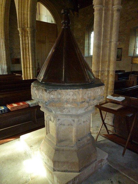 St Giles, Chideock: font