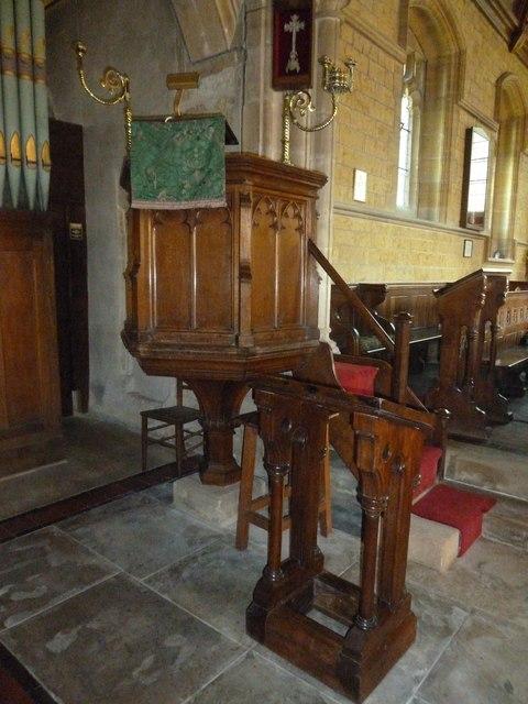 St Giles, Chideock: pulpit