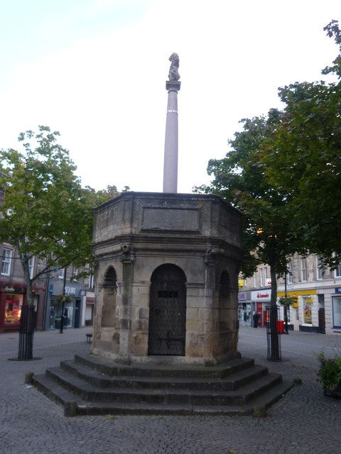 The Muckle Cross, High Street