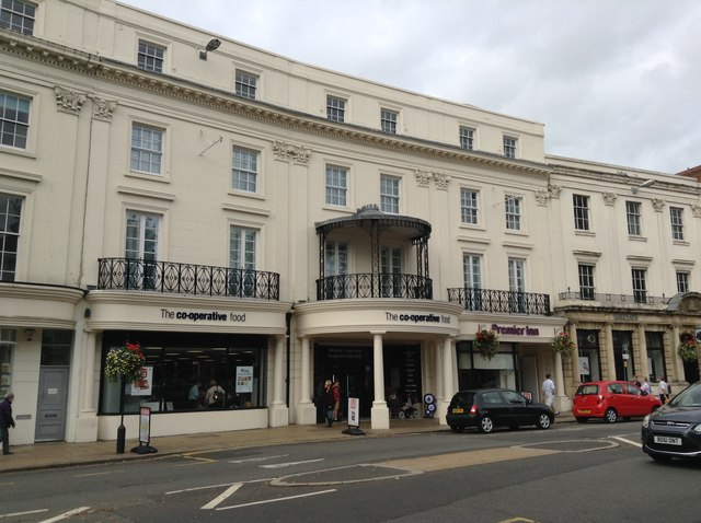 New businesses on Leamington's Parade