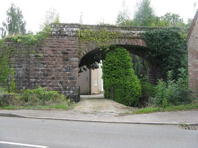 Entrance to Bridge House