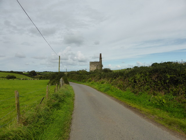 Minor road near Wheal Sisters engine house