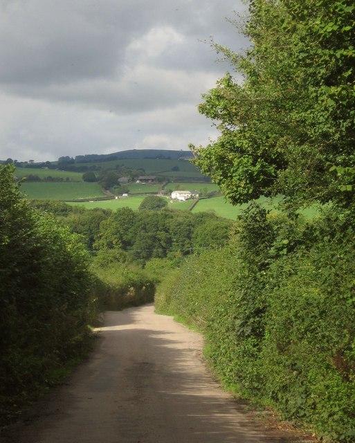 Lane to Wotton Cross