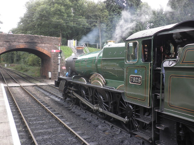 Odney Manor is about to depart with a train for Minehead