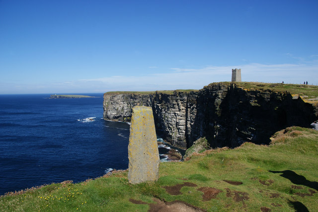 Standing stone by Marwick Head