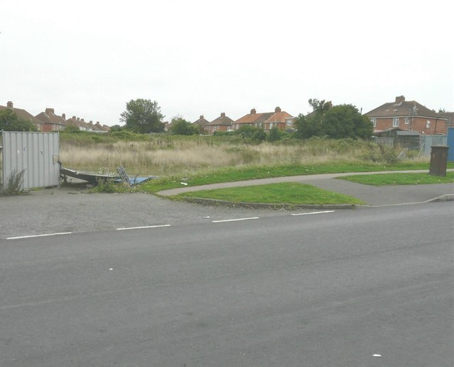 Derelict land beside Dorman Avenue South