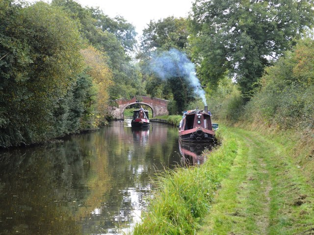 Boats on the Staffordshire and Worcestershire Canal