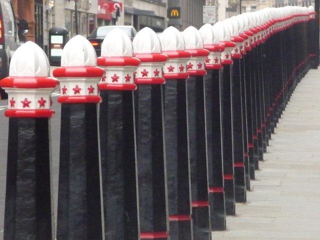City of London: bollards outside Cannon Street station