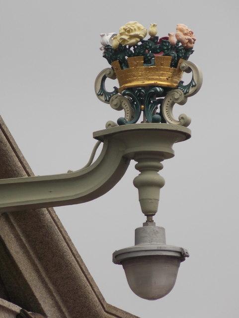 Rochester: a Rochester Bridge street lamp