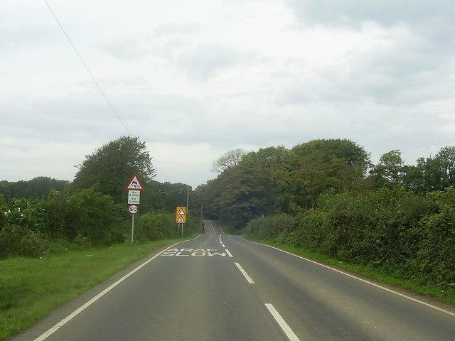 Araf (Slow) ahead on the B4306