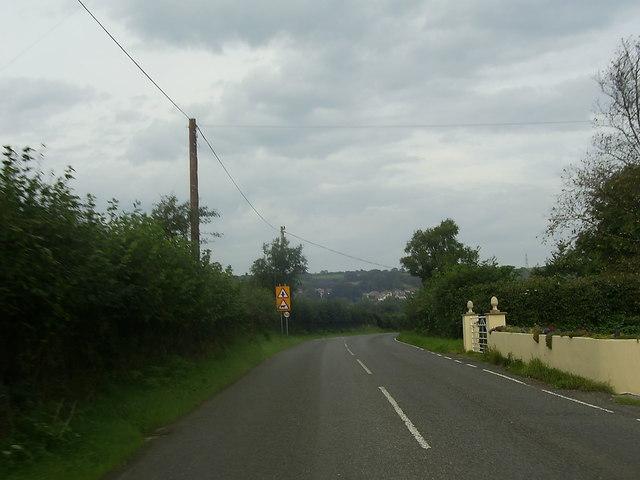 Bend in the B4306 near Llannon
