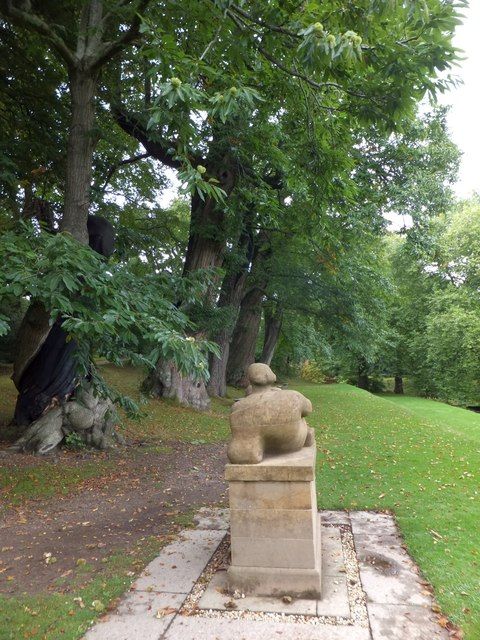 Dartington Hall Gardens; Henry Moore statue