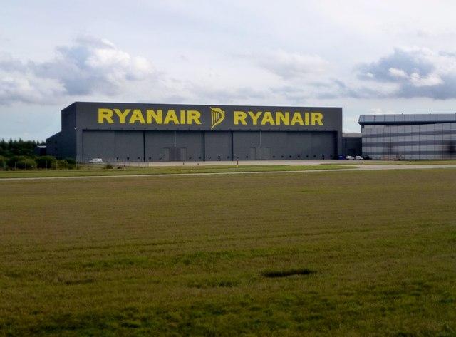RYANAIR RYANAIR - Hangar at Stansted Airport