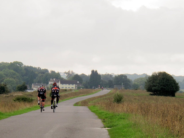 Cyclists on Farthing Downs