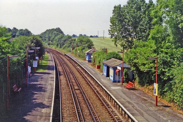 Holmwood station, 1994