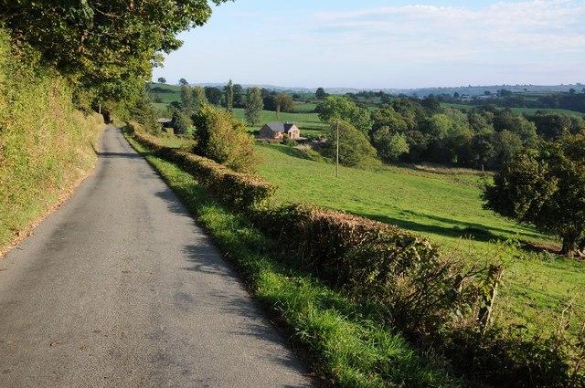 Road descending to Berth-Fawr