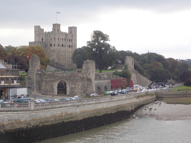 Rochester: the castle and the river