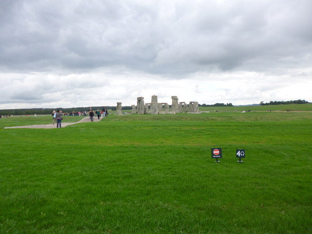 Stonehenge, from a distance