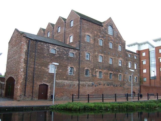 Warehouses beside the Birmingham Canal, Wolverhampton Level