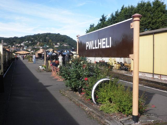 A sunny day at Pwllheli?