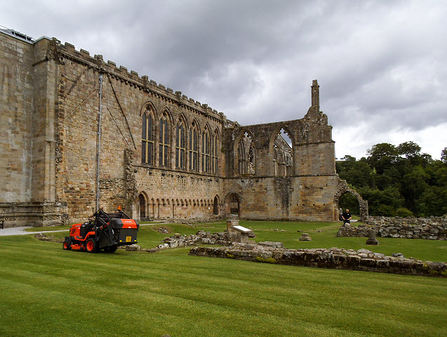 Maintaining the Priory grounds