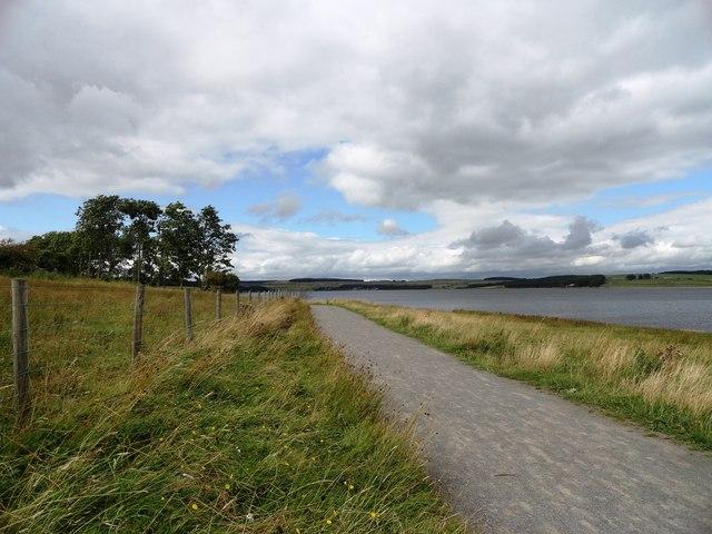 Path beside Derwent Reservoir