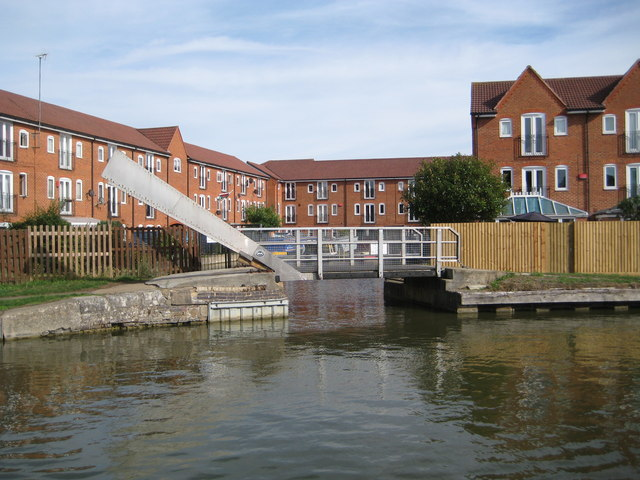 Grand Union Canal: Bridge Number 96A