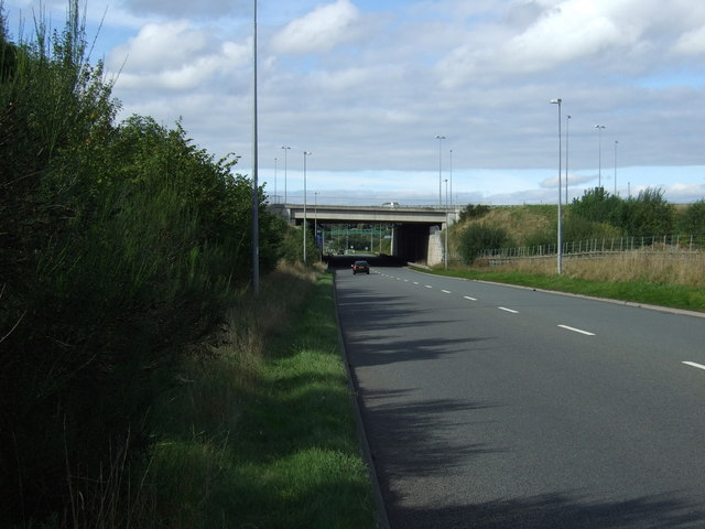 Motorway bridge over the A5195