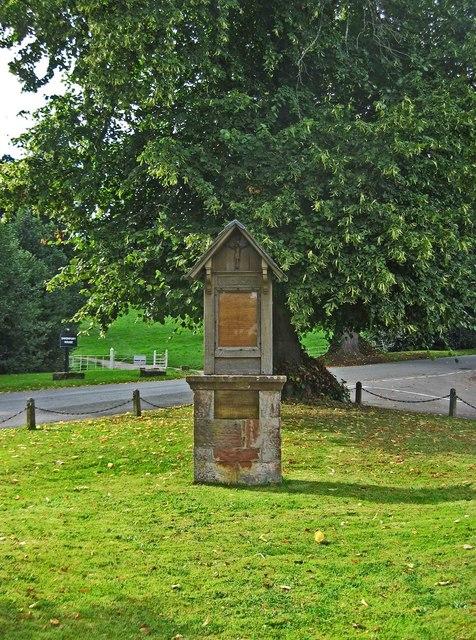 Worfield War Memorial (1), Main Street, Worfield, Shrops