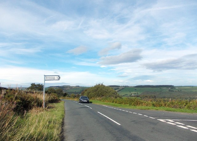 Mortimer Road's junction with Wind Hill Lane
