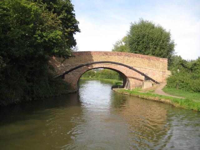 Grand Union Canal: Bridge Number 97