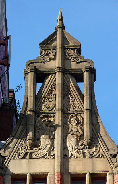 Detail of St Margaret's Chambers, Piccadilly, Manchester (2)