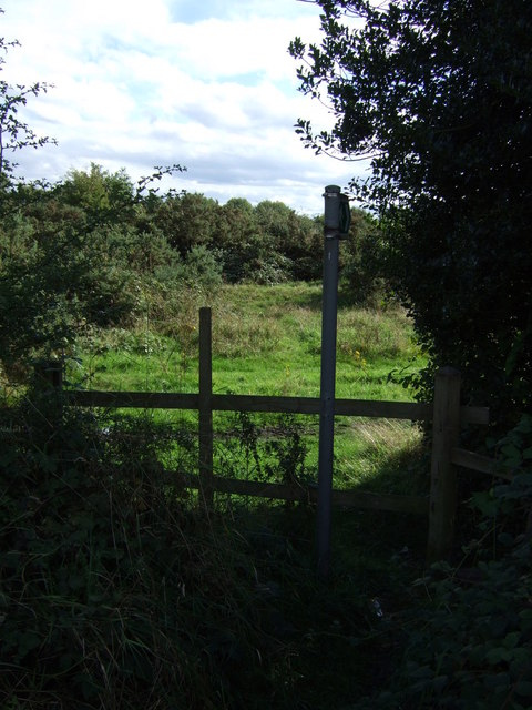 Footpath off Lichfield Road