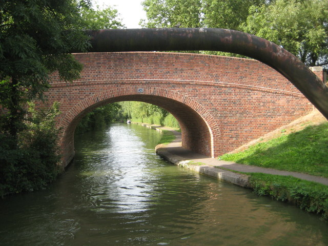 Grand Union Canal: Bridge Number 99