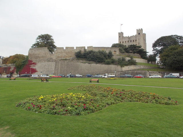 Rochester: the castle from the riverside gardens
