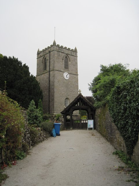 The  approach  to  St  Mary's  Church  Kettlewell
