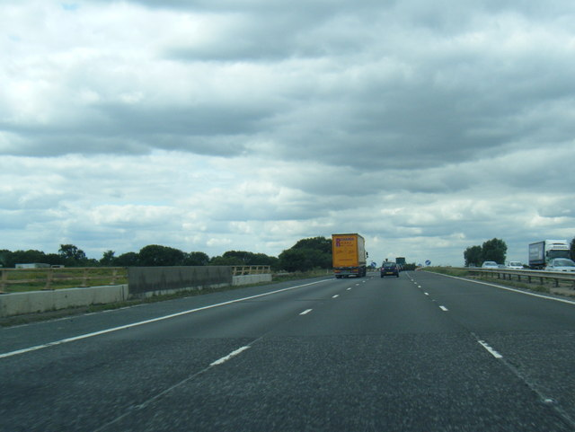 M62 westbound crosses railway at Great Heck
