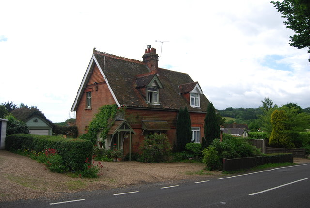 Cottage on the edge of Burwash Weald